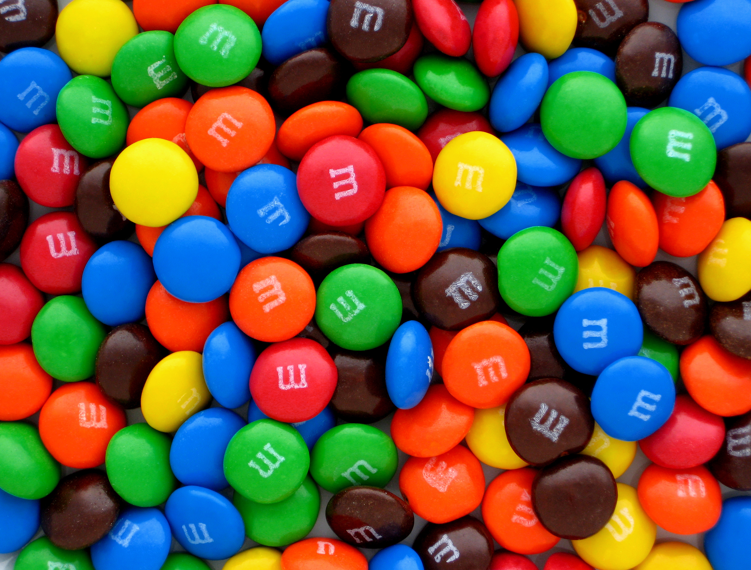 Gamification of product advertising: M&Ms